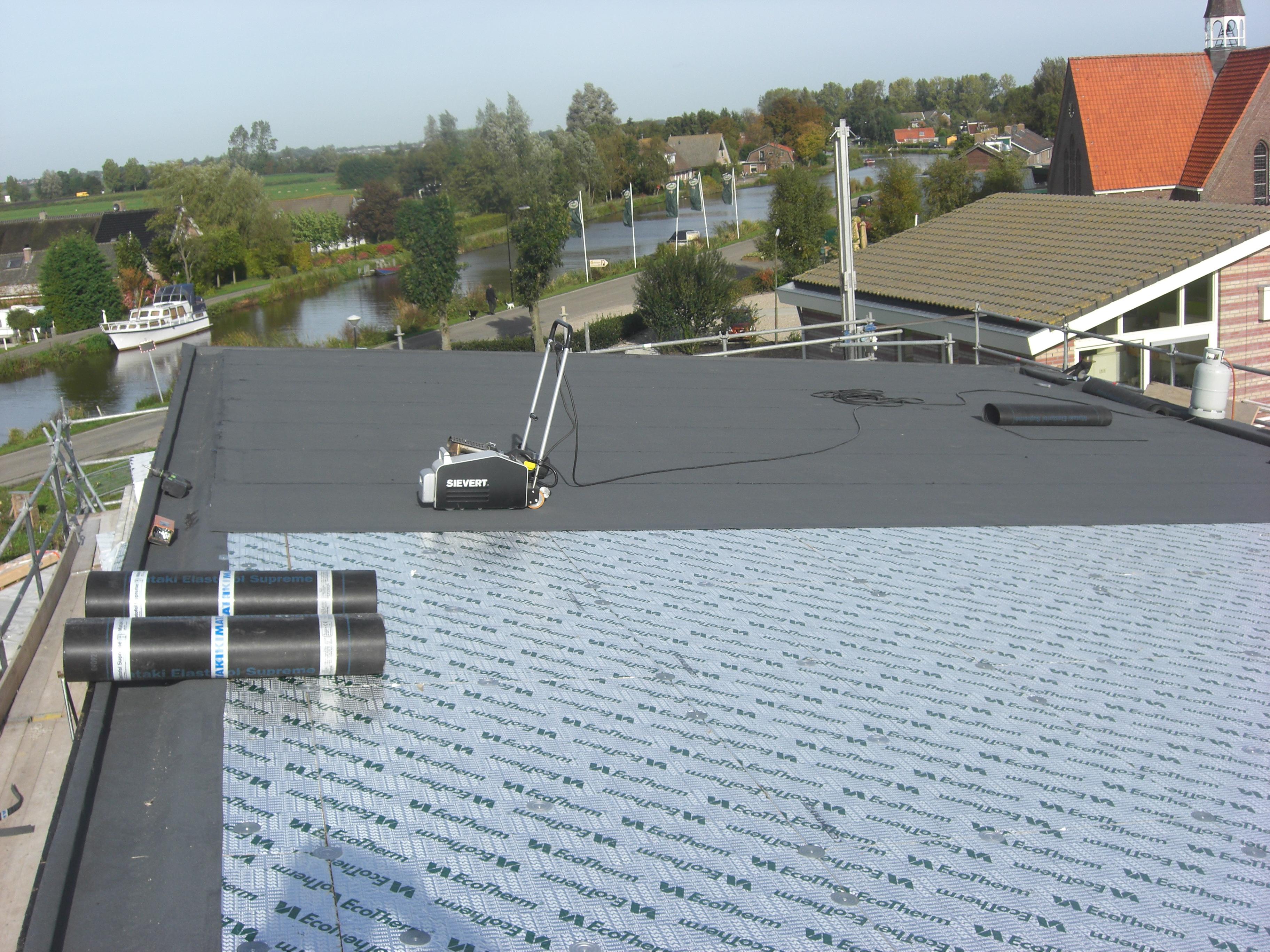 Kunststof dak voor nieuwbouw